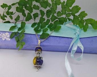 Boho Halskette Anhänger Resin Stiefmütterchen gelb violett natur Blume Muttertagsgeschenk Geburtstag