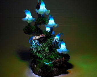 Mushroom lamp consisting of seven light blue mushroom lights - A small piece of art of art for magical hours