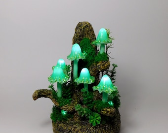 Mushroom lamp consisting of six turquoise mushrooms lights - Mushroom Art for magic moments