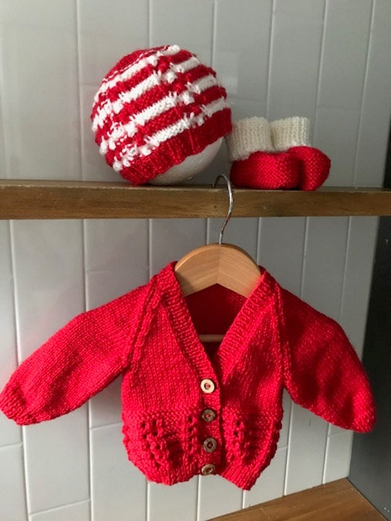 Newborn baby set 100% WOOL, Coming Home Outfit, Hand Knitted, Unsiex Baby Clothes
