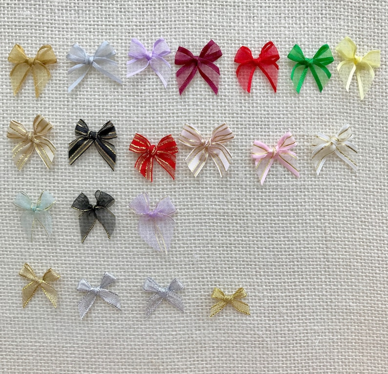 Craft 50 Gold trim Pre-tied Organza Red Christmas Gift Small Bows Shower Gift Bows Cookies Bows
