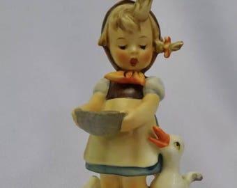 """M.I. Hummel Figurine """"Be Patient"""" TMK-4. 1964-1972."""