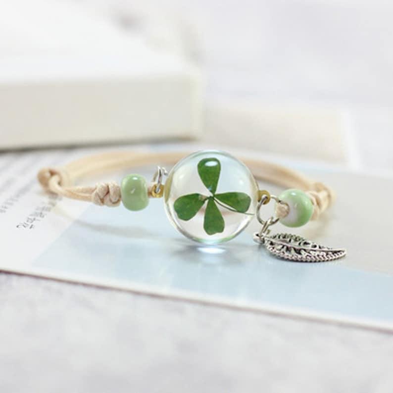 Bracelet clover with sheet
