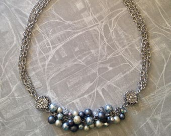 Pretty Pearly Necklace