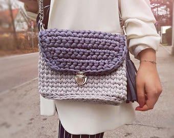 Handmade bag made from tshirt yarn