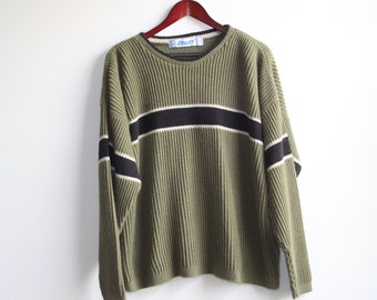 GREEN CENTERSTRIPE SWEATER    vintage knit crewneck sweater  7b00f3a97