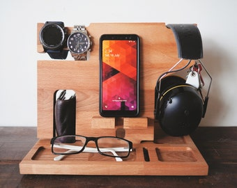 Personalised Docking Station - Gift for Dad, Dock, Fathers Day Gift, Wooden docking station, Headphone holder, valet tray, Charging Station