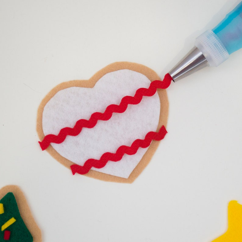 Felt Christmas Cookies DIY Craft Kit for Toddlers and image 0