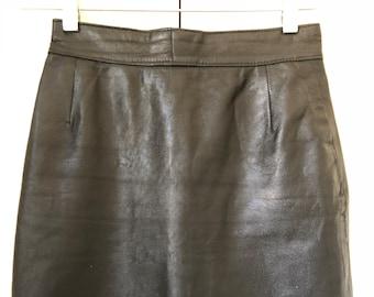 5e0ac8011956 Genuine Leather Vintage Mini Skirt. Authentic Vintage. Leather Skirt. High  Waisted Mini. Vintage Leather. Vintage Mini Skirt.