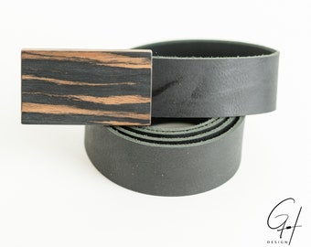 Leather belt with Makassa wooden buckle