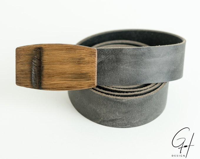 Leather belt with wooden buckle from the ancient must barrel