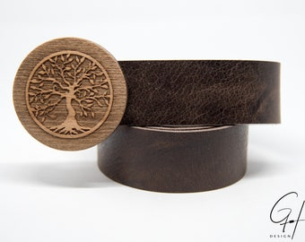 Leather belt with tree of life