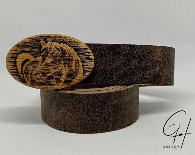 Leather belt with horse wooden buckle