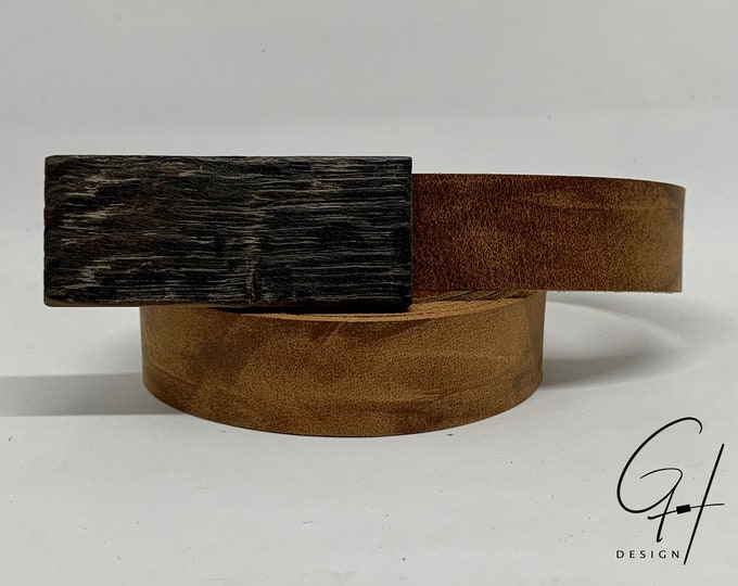 Leather belt with wooden buckle from Mostfass