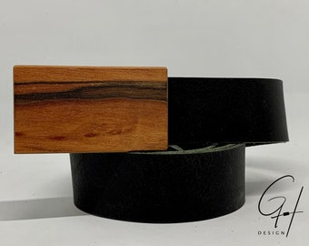 Leather belt with wooden buckle of Indian apple