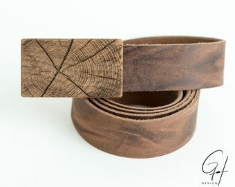Leather belt with pear wood tree trunk design