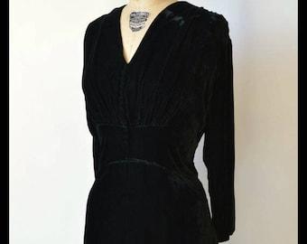 Vintage 1930s Black Velvet Dress