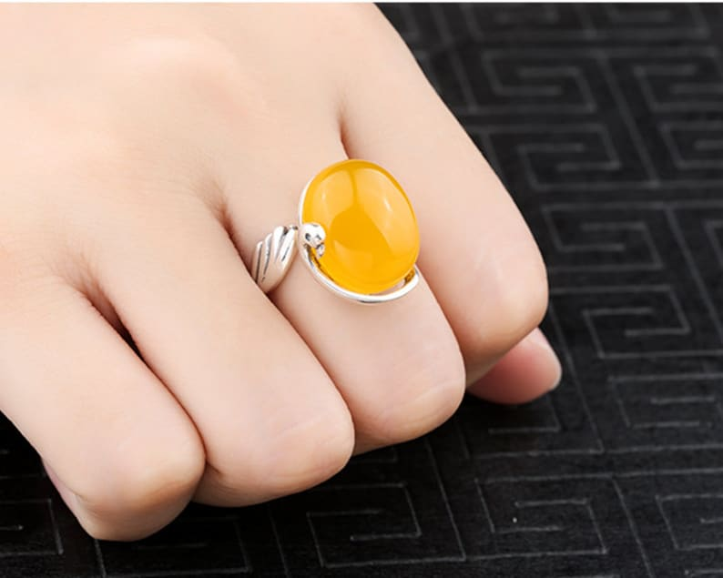 The high quality 925 Ring Blank Adjustable Thai Sterling Silver Ring Base Antique Style Cabochon Ring Setting KTJ522