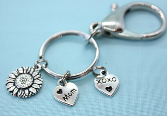 Custom Keychain for Mom, Mother's Day Gift, Heart Charm, Gift for Mom, Silver Mom Charm, Car Accessory