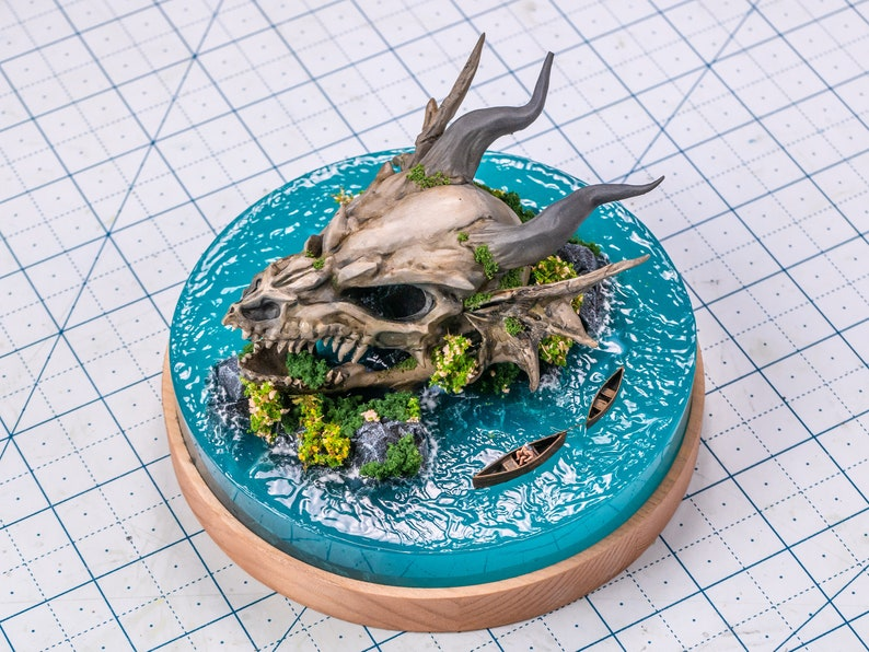 Dragon skull miniature in the water image 0