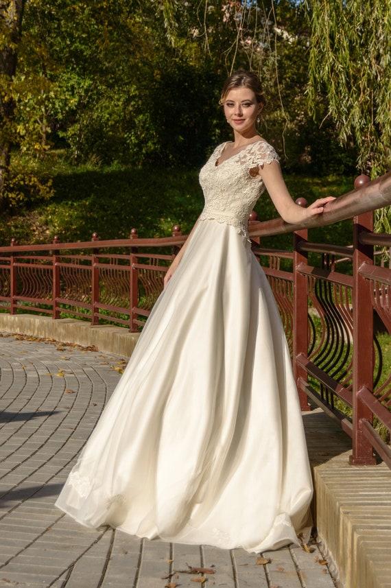 Daiana Wedding Dress Fairy Wedding Dress Vintage Style Etsy