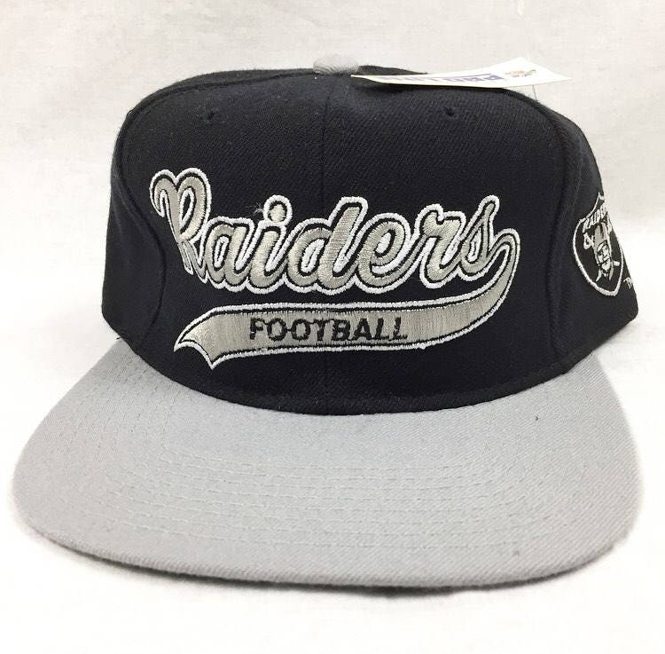 a18fa4e1938571 ... reduced vintage oakland raiders los angeles raiders starter snapback  cap script 100 wool new with tags