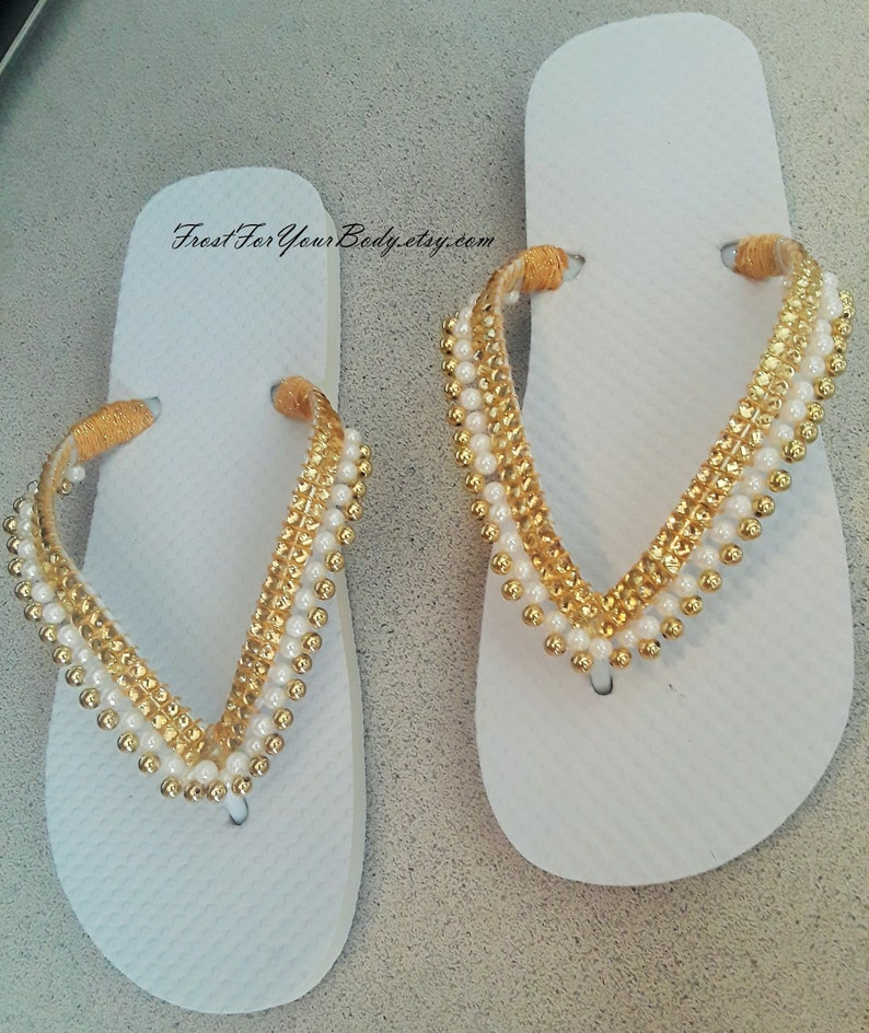 5be85af0d FREE SHIPPING Women   Girls Youth Beaded Flip Flops in a