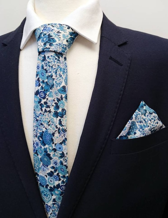 Liberty Tie and Pocket Square