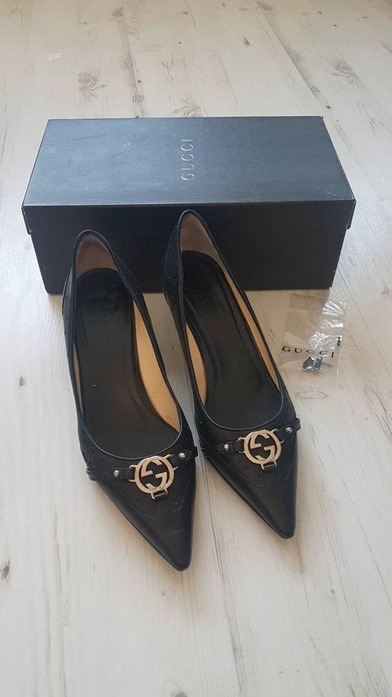 df4197f69 Vintage ladies Gucci ladies black leather kitten heel shoes. | Etsy