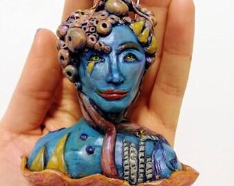 Alien Bust Sculpture