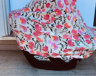 Car seat cover / nursing cover