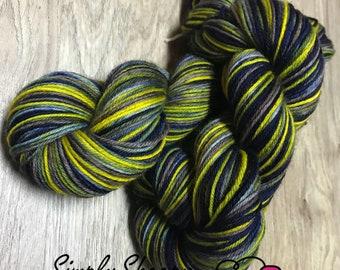 Hand dyed self striping yarn