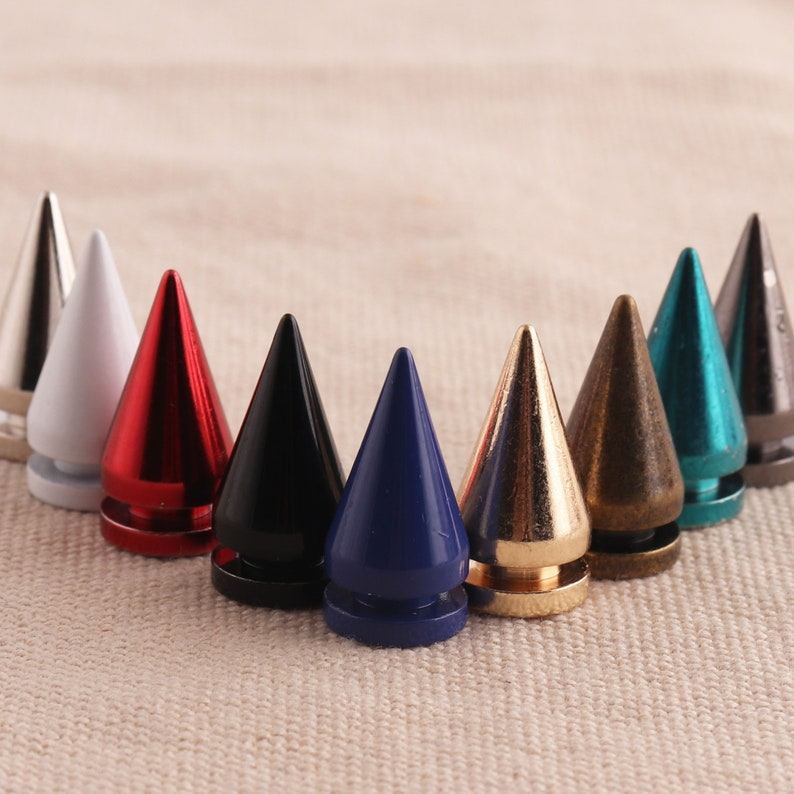Craft Supplies DIY More color 10 set Screw rivet  Wholesale Leather Craft Rivets Bullet Punk Spikes Cone Rivets Screw Punk Studs 10x20mm