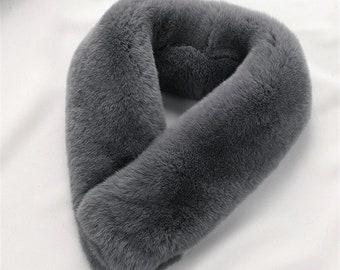 Type de gris écharpe véritable fourrure de lapin Rex aimant écharpe d hiver  chaude fourrure foulards - MagicFur fait à la main cdb2bb2034b