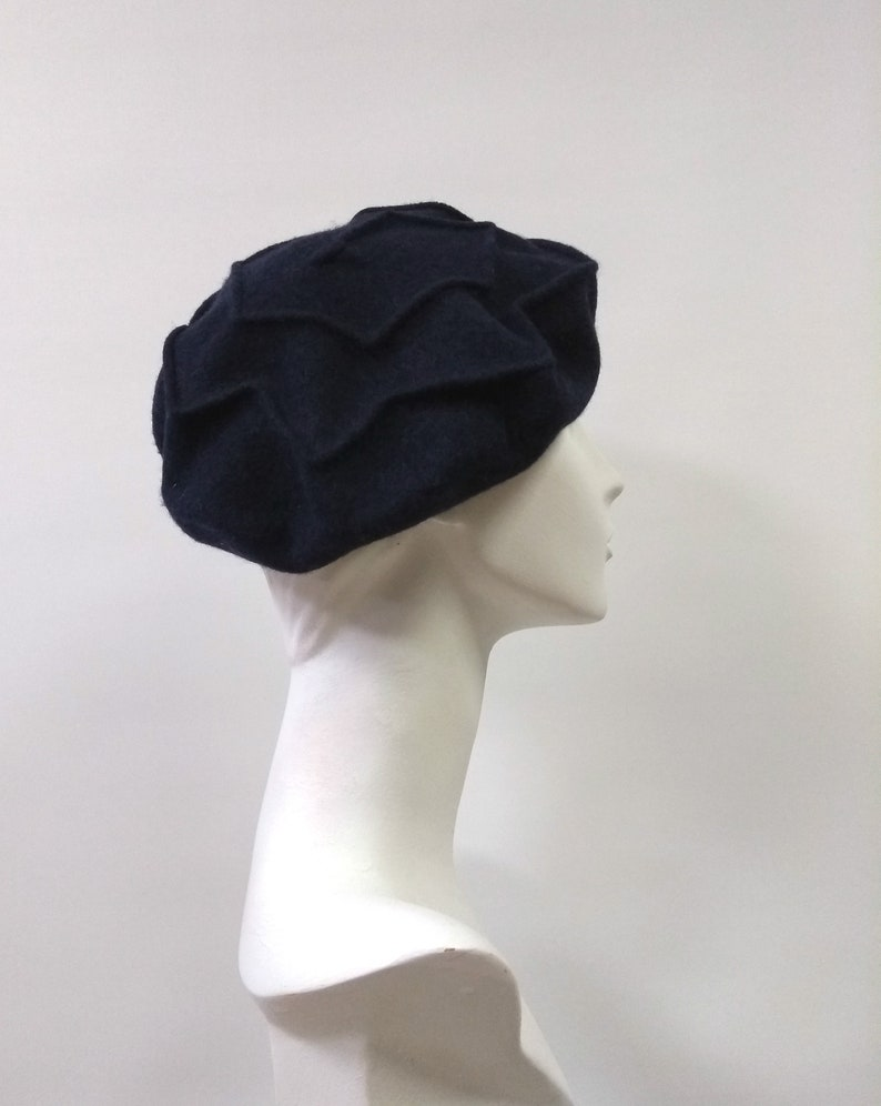 259540ff09b04 Navy Blue Wool Felt Beret Zig Zag Unusual Beret French