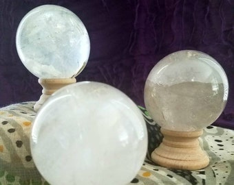 Crystal Quartz Spheres for Energetic Magnification