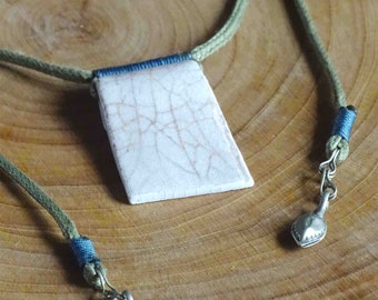 Adjustable white Crackle ceramic necklace