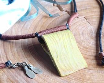 Adjustable yellow ceramic necklace