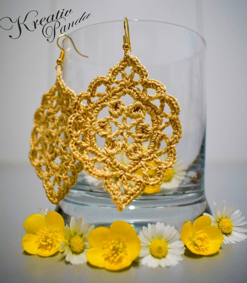 Crochet Earring Pattern image 0
