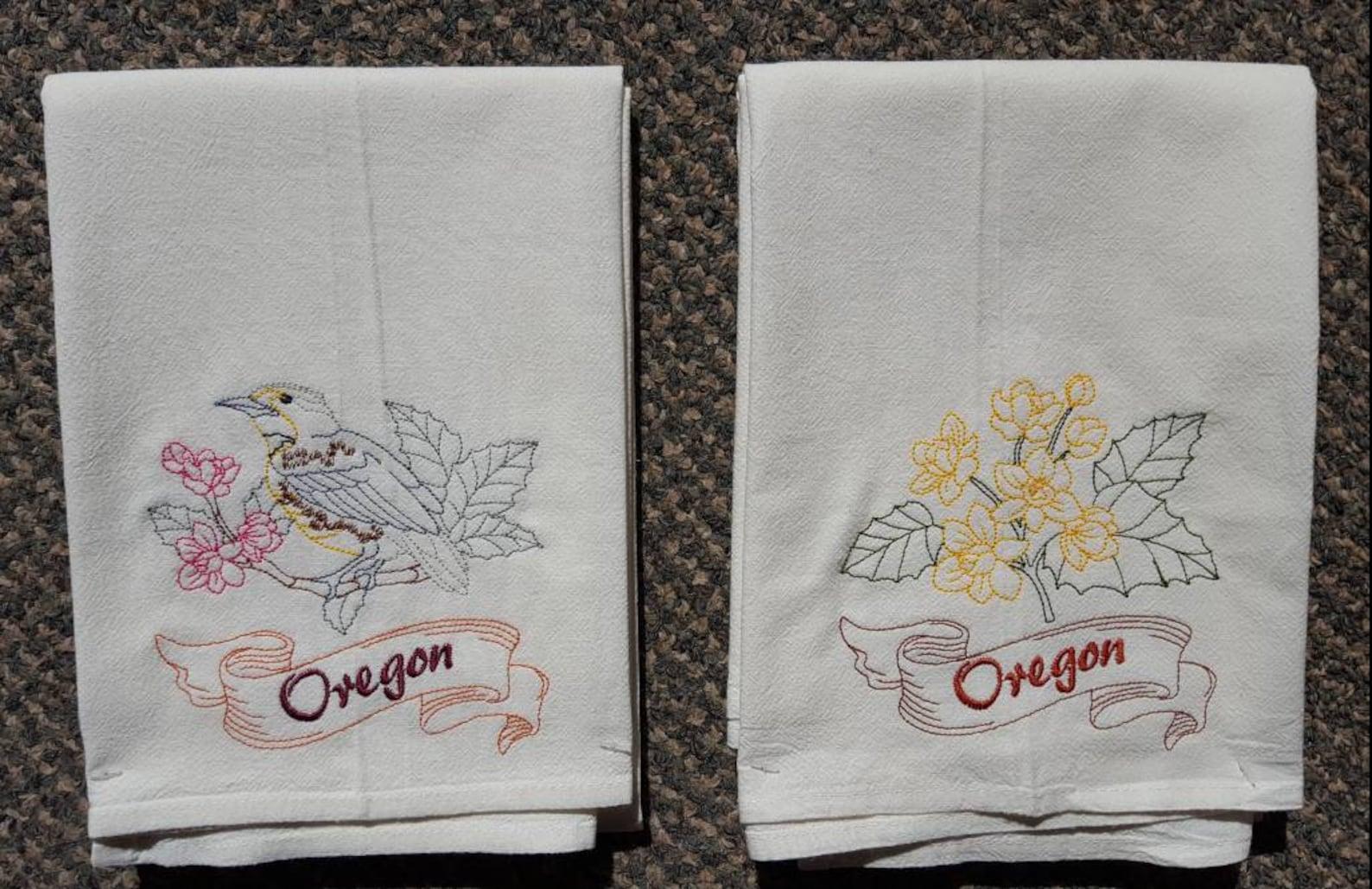 Oregon State Bird Western Meadowlark & State Flower Oregon ...