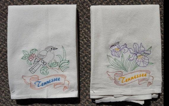 Tennessee State Bird Mockingbird Flower Iris Flour