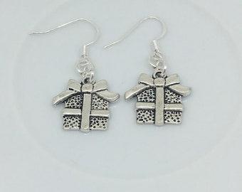 183593f75 Present earrings, Christmas earrings, Christmas jewellery, festive earrings,