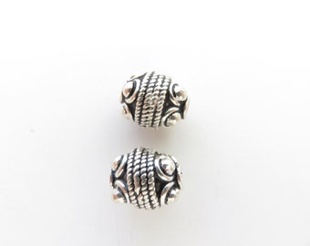 2 pcs - 11mm x 9mm Bali Silver Oval Beads - Oxidized - 925 Sterling Silver