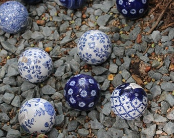 Blue Porcelaine Garden Balls