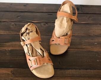 fd1e3b676 80 s Leather Sandals