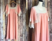 60 39 s Polyester House Dress, Modern Vintage Polyester and Lace Night Gown Cover Up, Modern Peach House Dress or Swimsuit Cover Up