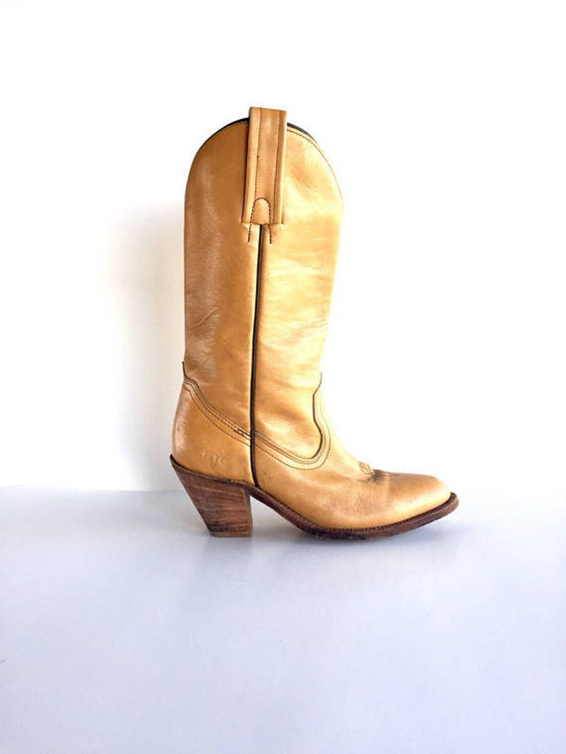 6e3aac54a3646 Vintage Frye Tan Leather Boots, Vintage Frye Tan Leather Western Boots Size  7