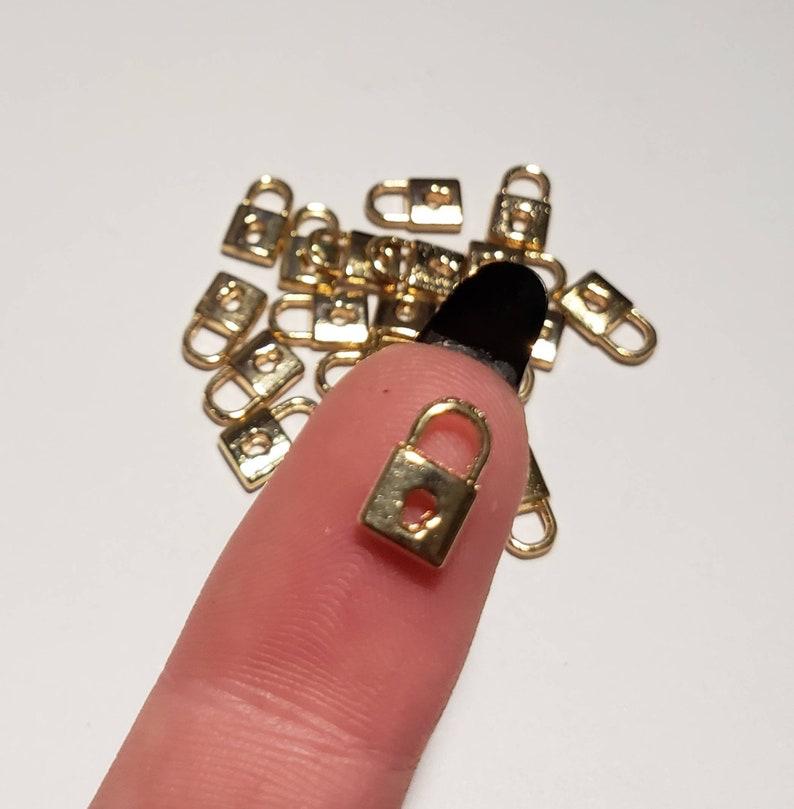 5-10 pcs 11mm Tiny Gold Metal Key Embellishment Decoration