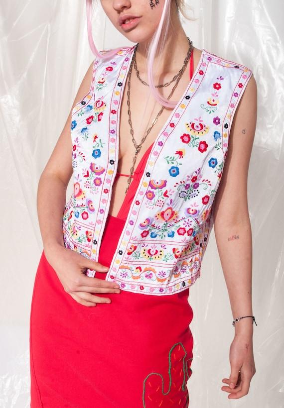 Vintage vest 70s folk floral hand-embroidered Hun… - image 2
