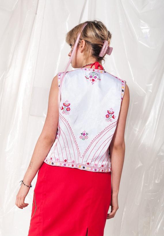 Vintage vest 70s folk floral hand-embroidered Hun… - image 5